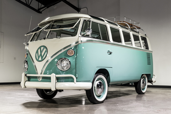 1966 VOLKSWAGEN 21-WINDOW BUS