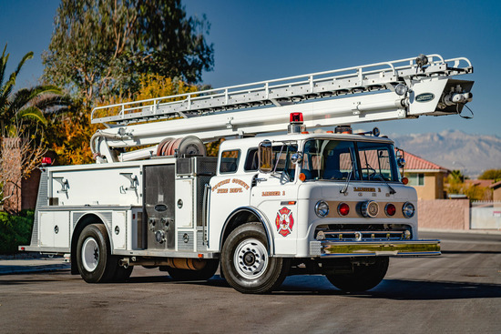 1984 FORD F8000 FIRE TRUCK
