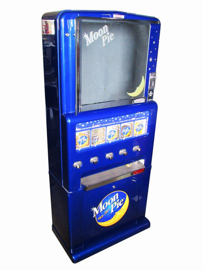 1930S-40S MOON PIE COIN-OPERATED VENDING MACHINE