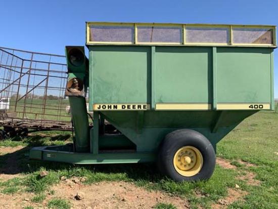 JD 400 Grain Cart