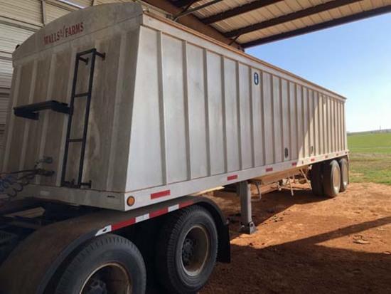 38 ft. SI Wall's Farms Double Hopper Steel Grain Trailer