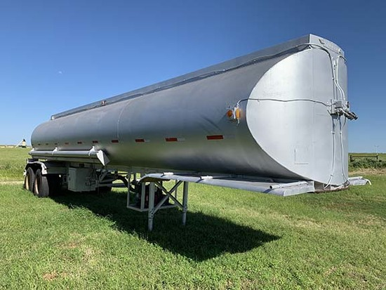 Trailmobile Tanker Trailer