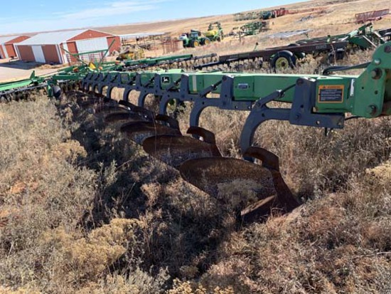 JD 3710 10 Bottom Moldboard Plows