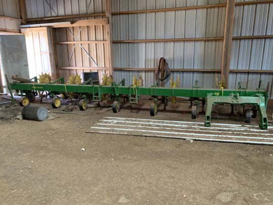 J.D. 6 Row Cultivator
