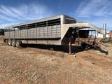 28 ft., 3 Axle, Gooseneck Stock Trailer