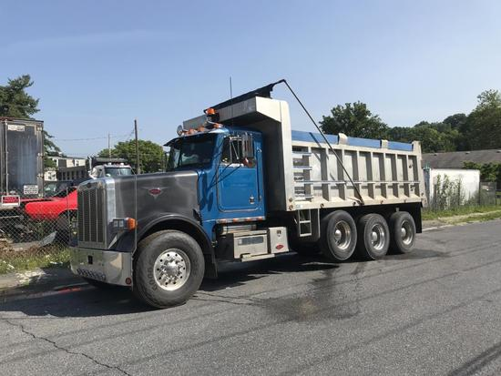 1995 Peterbilt  357 dump truck