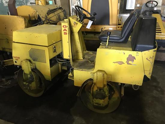 Wacker RD880V roller