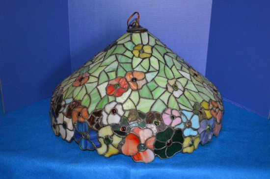 "23"" TIFFANY STYLE STAINED GLASS CEILING LIGHT,"