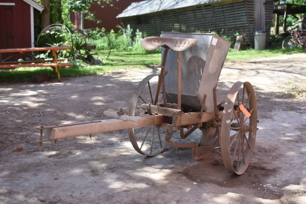 1907 Steven S Antique Potato Planter
