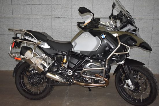 2015 BMW MOTORCYCLE, MODEL R1200GSA, GREEN,