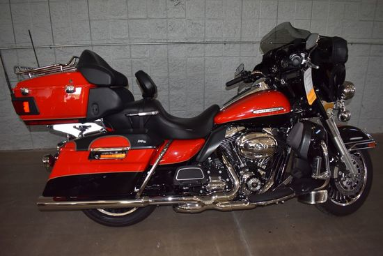 2010 HARLEY DAVIDSON MOTORCYCLE MODEL FLHTK,