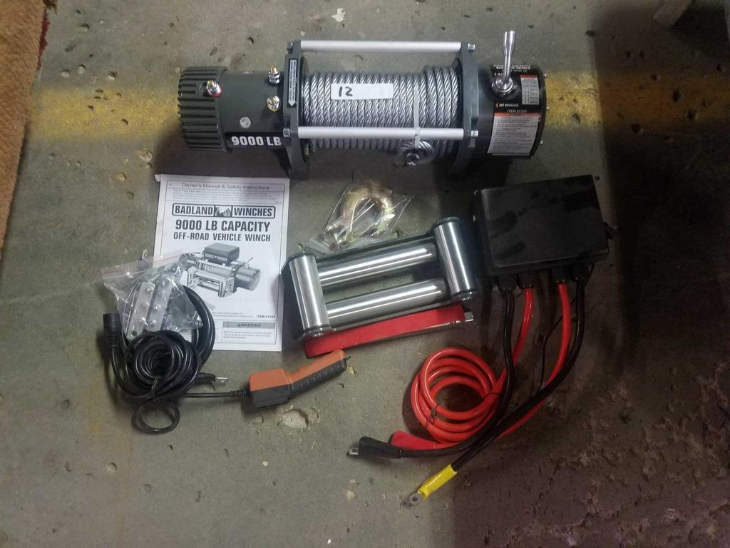 Badland Winches 9000 LB nd new item #61325 with set up ... on