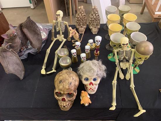 Halloween/skull decor All one money