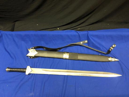 Collectible Swords Daggers, and Knives-all New!!