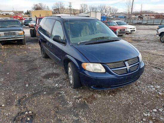D1 2005 Dodge Grand Caravan 1D4GP24R05B158125 Blue Arrest