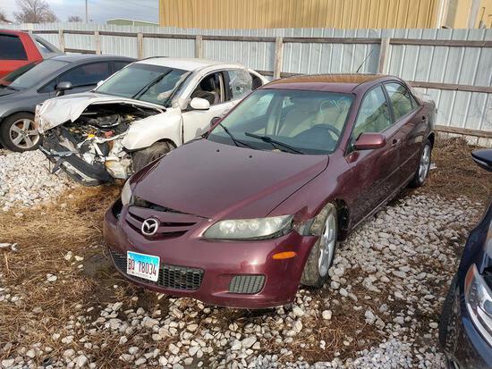 D15 2008 Mazda 6 1YVHP80C085M36038 Maroon Accident