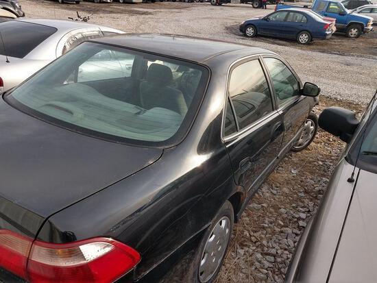 D18 1999 Honda Accord 1HGG564XXA150171 Black Accident