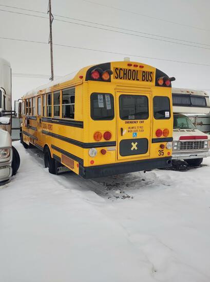 2007 Thomas handicap bus. 4UZAAXDG95CU81854. Cat C7 engine. last odometer reading was 92,327.1.