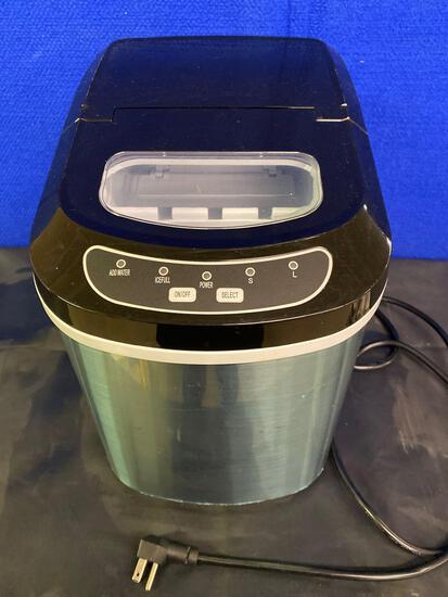 New Ice Maker Machine