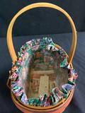 1997 Easter basket with protector and liner