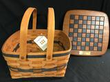 JW cake basket With Lid and liner