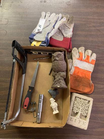 Gloves, saw, drywall saw level plus
