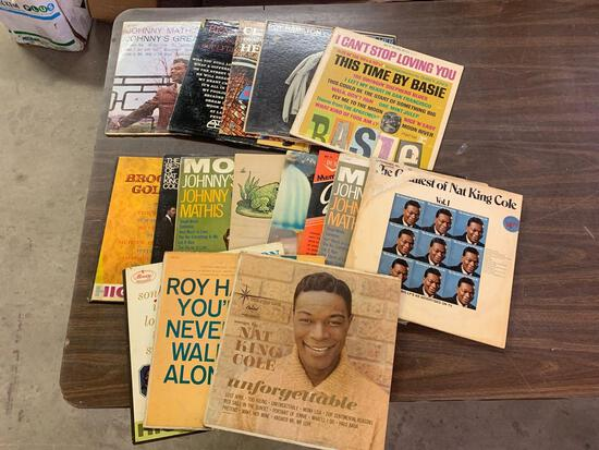 Records nat king Cole plus