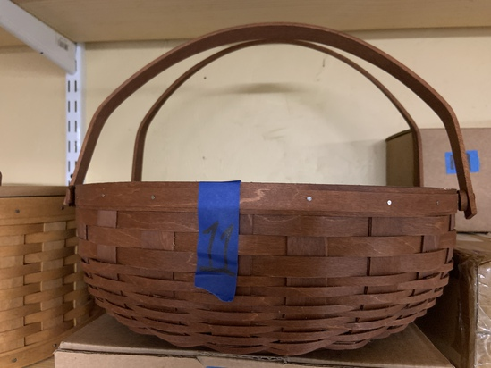 Social gathering basket with protector