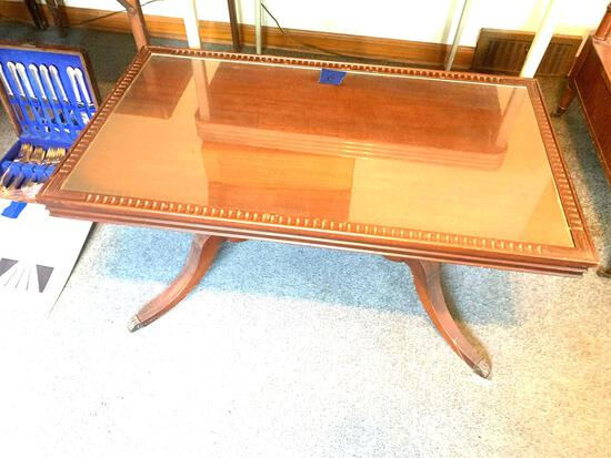 Clawfoot coffee table with glass very nice original condition