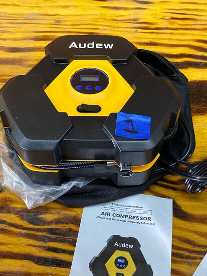 Audew Car Air compressor - Brand new