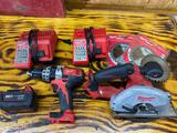 18 V Milwaukee set including a metal saw and a impact hammer drill with two chargers and one battery