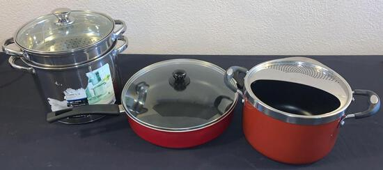 Pasta pots and large frying pan with lids
