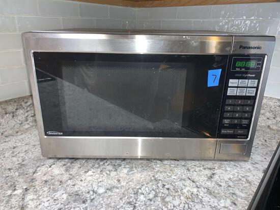 Panasonic 1200 W microwave