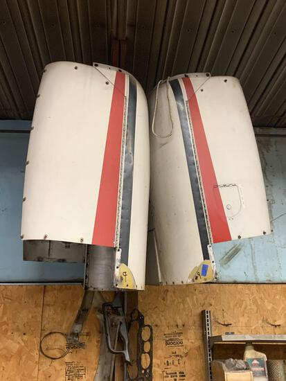 Airplane engine hoods