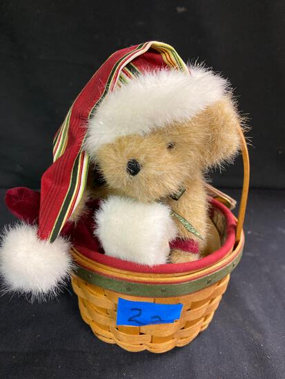 Holiday Basket with Kringles Bear