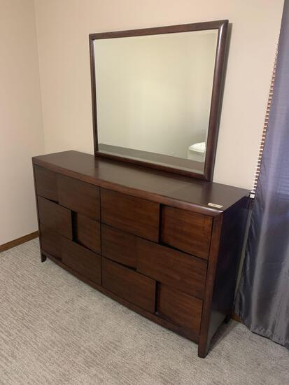 Magnussen Home 6 drawer dresser and mirror nice