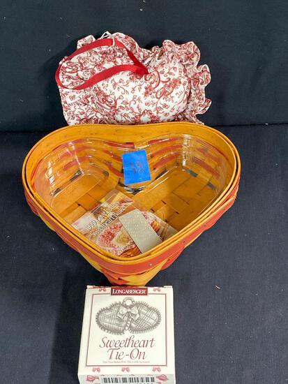 99 love letters Sweetheart Basket