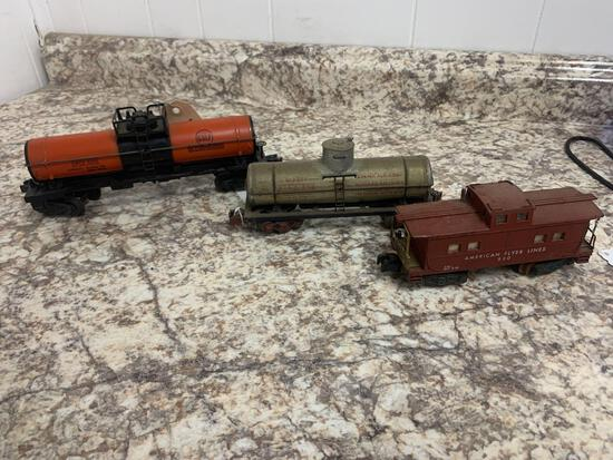 O Scale Oil tankers and caboose