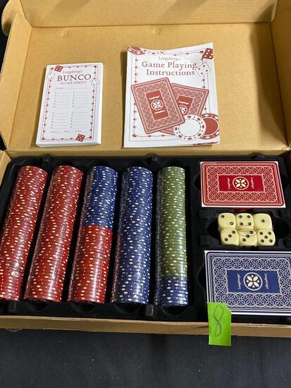 Dealers choice accessory set