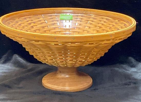 Collectors club Compote Basket and Protector
