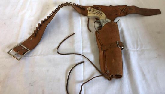 Western toy gun and belt