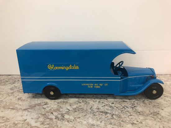 Steelcraft Bloomingdales delivery truck 1934
