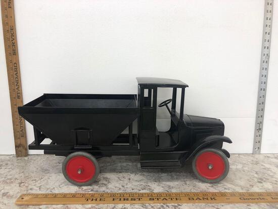 Buddy L. Toy Dump Truck nice