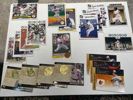 Lot of Baseball cards including Lee, Ripken, Jackson, Smoltz, Killebrew, Mantle plus