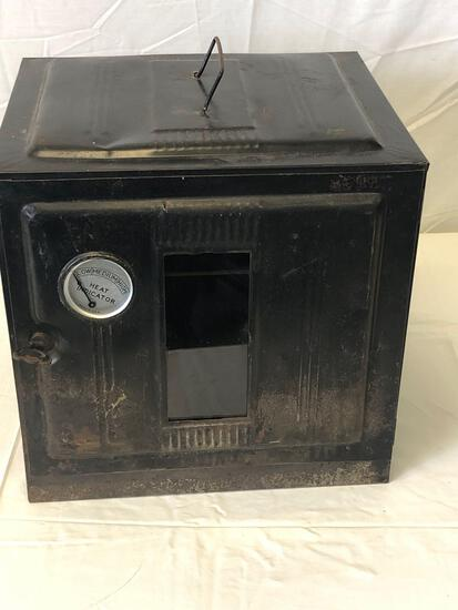 Fire box with heat indicator