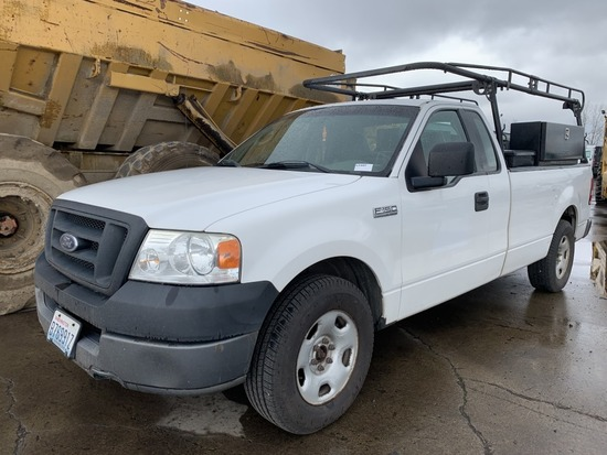 2005 Ford F150 XL Extra Cab Pickup
