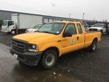 2004 Ford F250 XL Extra Cab Pickup
