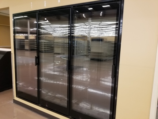 Refrigerated Walk-in/Display Cabinet