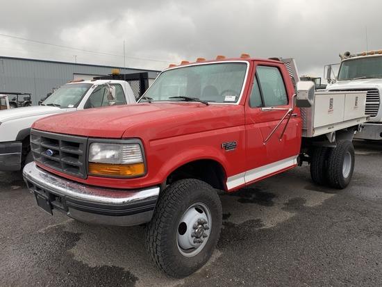 1995 Ford F350 XL 4x4 Flatbed Truck