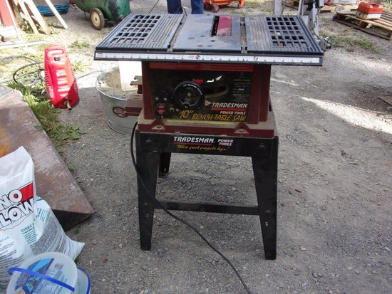 Tradesman 10in Bench Table Saw